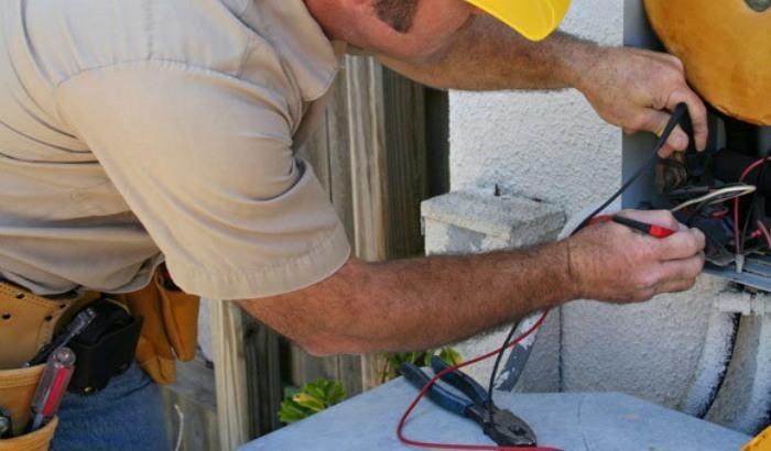 medicion de tension electrica granada